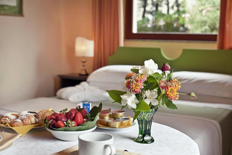 Bedroom Breakfast
